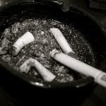 Почти половината българи са пушачи