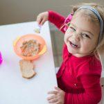 Закуската е важна за нормалното телесно тегло на децата