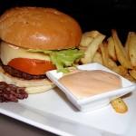 Бургер, чипс, сладкиши и газирано съкращават живота