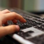 Прекаленото сърфиране в интернет вреди на мозъка