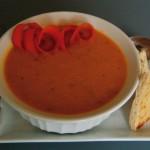 Здравословна супа с моркови, ябълки и джинджифил