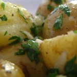 Здравословна рецепта за картофи на пара с извара