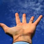 Безименният пръст показва риск от травма на коляното при мъжете