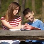 Мобилни психолози посещават при спешност българските училища