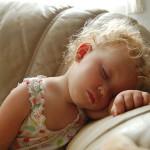 Ранно заспиване на децата гарантира по-стройно тяло