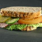 Умереното хранене запазва мозъка млад