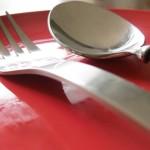 Храни в червена чиния за отслабване