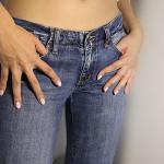 Тесни дънки и панталони нарушават здравето