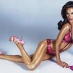 Алесандра Амброзио със спорт възвръща топ форма след раждане