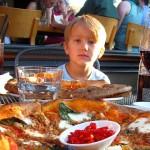 Майките насърчават затлъстяване на децата си