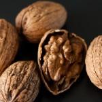 Орехи понижават лошия холестерол