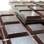 Шоколад на закуска помага за отслабване
