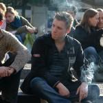 Мъже и жени спират цигарите от суета