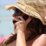 Прекаляване с мобилен телефон засилва риска от рак