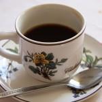 Прекаляване с кафе намалява бюста
