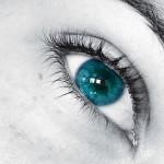 Технология променя цвета на очите за минути