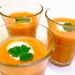 Пикантна зимна супа с моркови и пащърнак