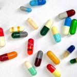 Лекарства с рецепта поевтиняват, а без – поскъпват