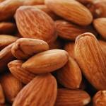 Бадеми срещу главоболие