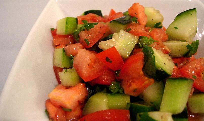 домати и краставици