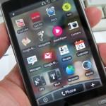 Прекалено смартфон води до гръбначно изкривяване