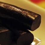 И с черен шоколад се пълнее