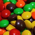 Най-много опасни Е-та има в оцветени бонбони, торти и сладоледи