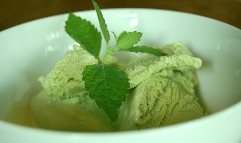 зелен сладолед