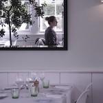 Хранене пред огледало възпира преяждането