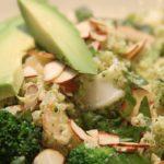 Броколи, краставица и авокадо подмладяват