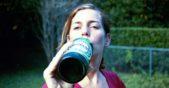жена с бира