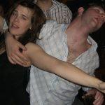 Алкохолни запои на младини пресушават мозъка