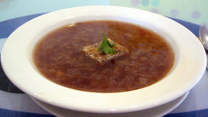 френска лучена супа