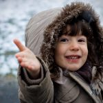 Студеното време е здравото време за децата