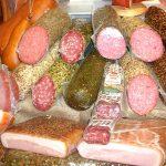 Подготвят нови стандарти за колбасите да бъдат от месо