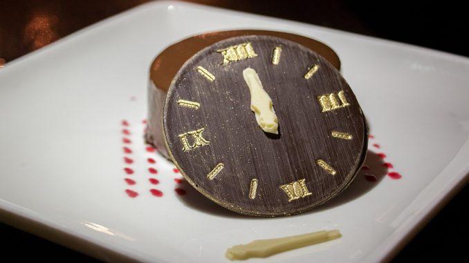 часовник от шоколад