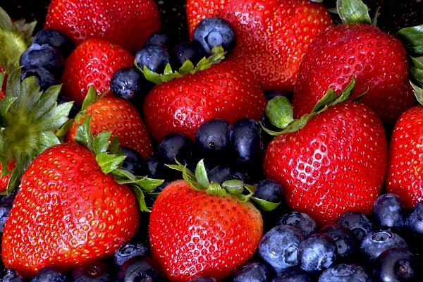 ягоди и боровинки