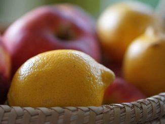 лимони и ябълки
