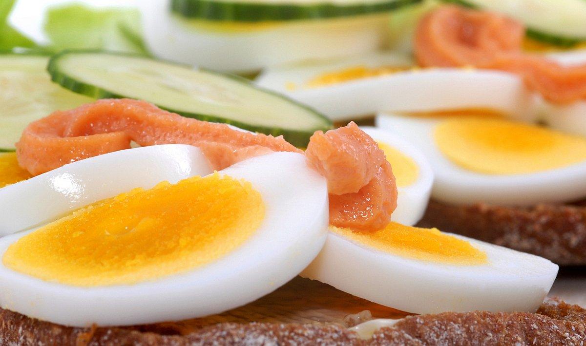 яйца и риба