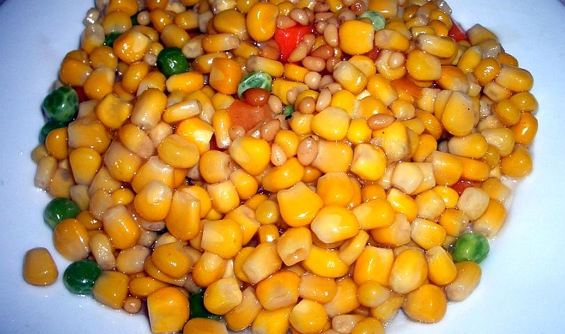 грах и царевица