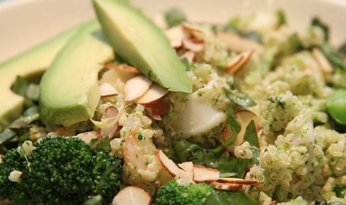 броколи и авокадо