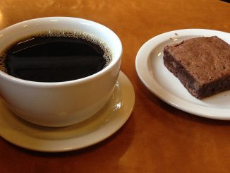 кафе и сладкиш