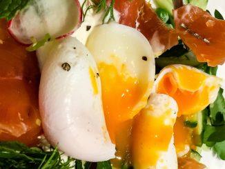 сьомга с яйце