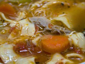 пилешка супа