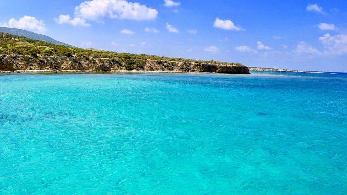 морска вода в Кипър