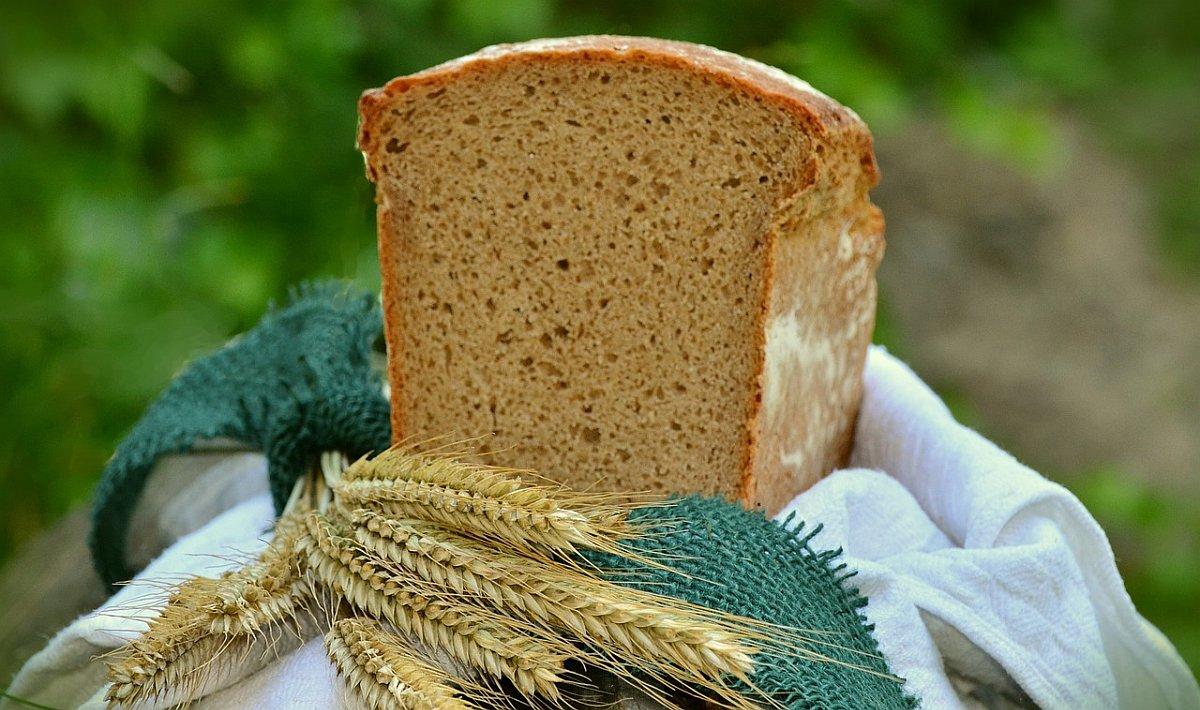 ечемик и пълнозърнест хляб